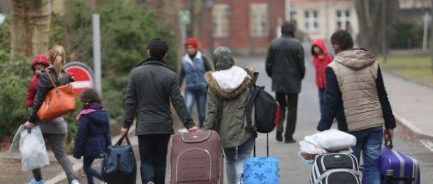 1.6 milionë shqiptarë jetojnë jashtë/ Ja shtetet kryesore ku janë vendosur
