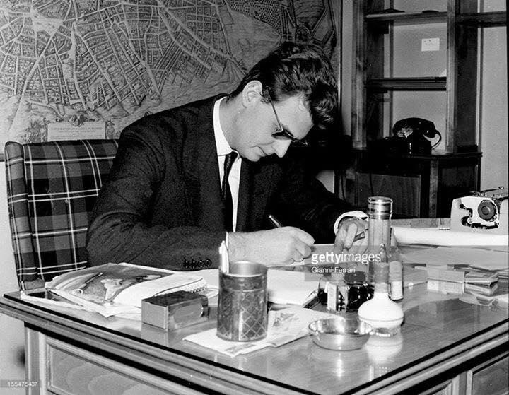 Cfarë shkruante REUTER në 1972 për mërgatën e shqiptarëve dhe deklarata për shtyp e Leka Zogut I