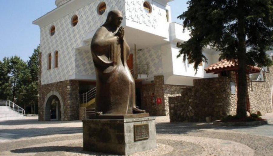 Shtëpia e shenjtores shqiptare, që nuk flet shqip