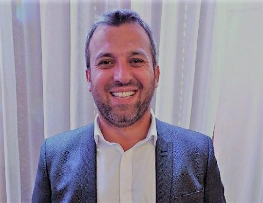 Nehat Kaloshi, Thjeshtësia e një shqiptari të suksesshëm në Kanada