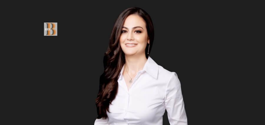 Anaida Deti, dentistja shqiptare arrin majat në Kanada. Trofe e certifikata për profesionalizmin