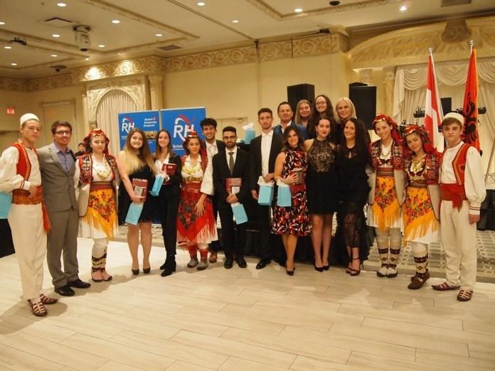 KANADA/ RH Scholarship , 8 bursa për studentët shqiptarë