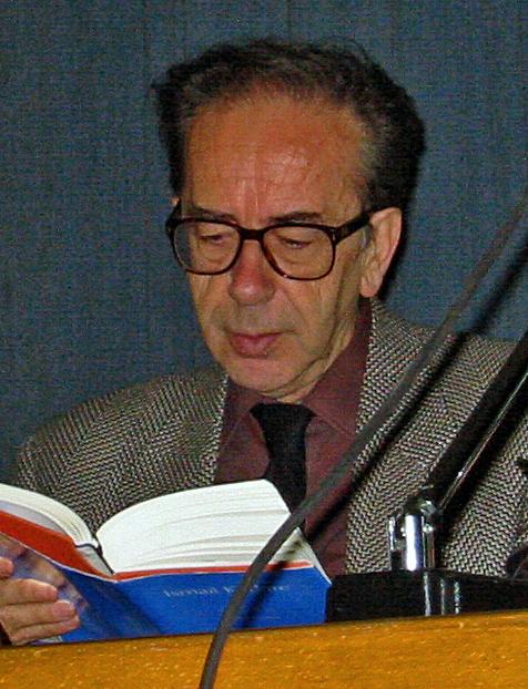 LE MONDE DIPLOMATIQUE (1989) / REAGIMI I ISMAIL KADARE NDAJ POLITIKANIT SERB VUK DRASHKOVIÇ MBI ORIGJINËN E SHQIPTARËVE