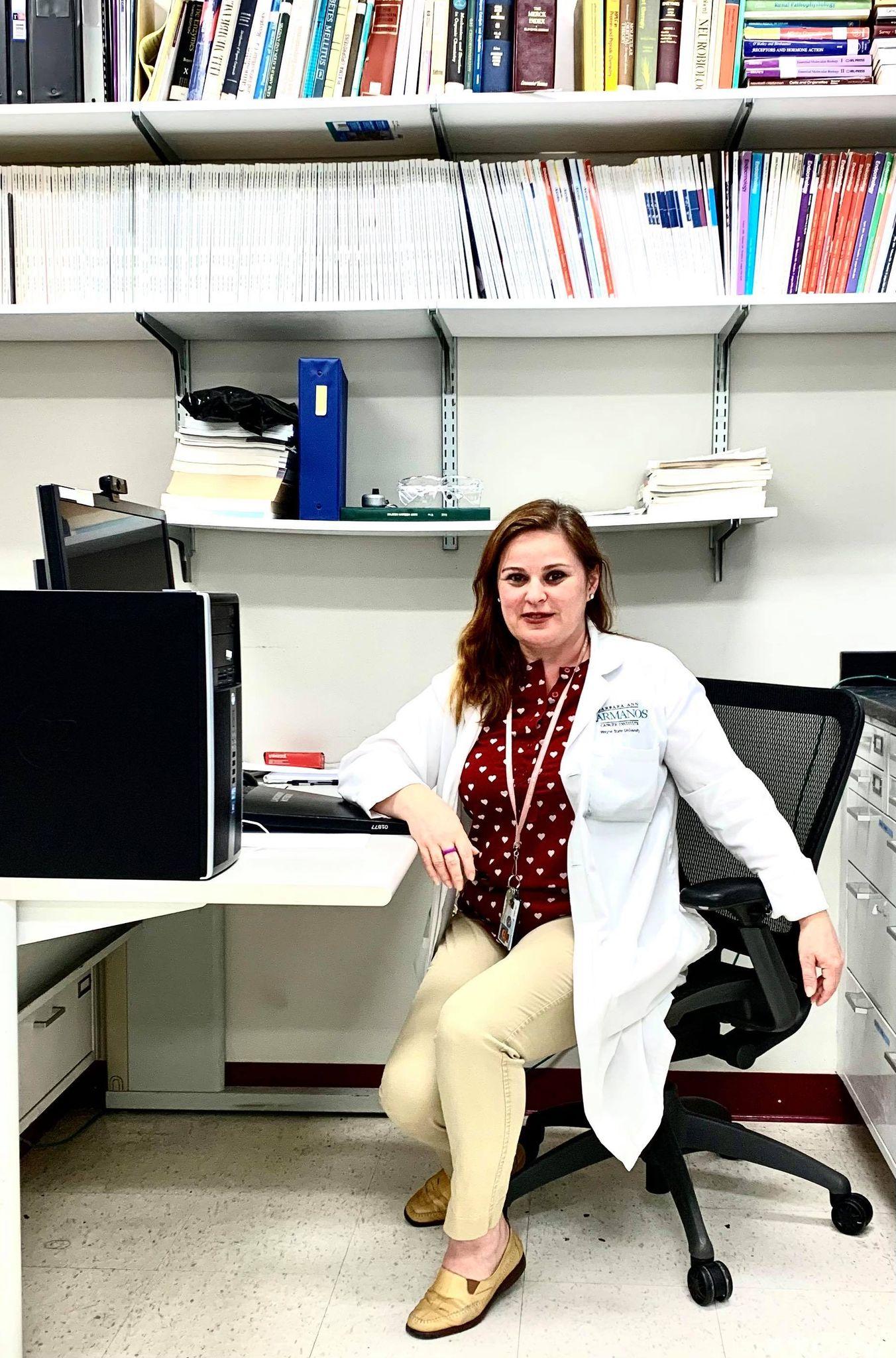 Mirabela Haxhaja Hali kërkuese shkencore në Kanada. Zbulimi i terapisë efektive të Klamidias