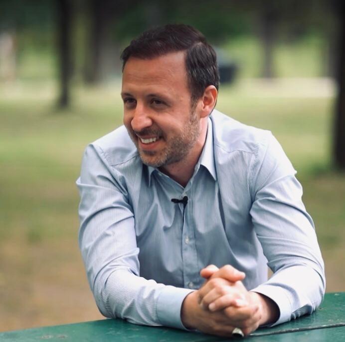 Nador Bakalli: Fajin e ka gazi!